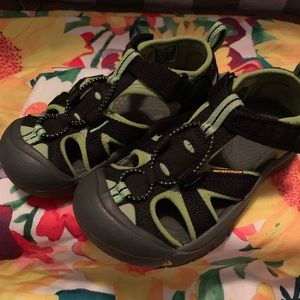 KEEN Sandals Water Shoes Toddler Size 12 EUC